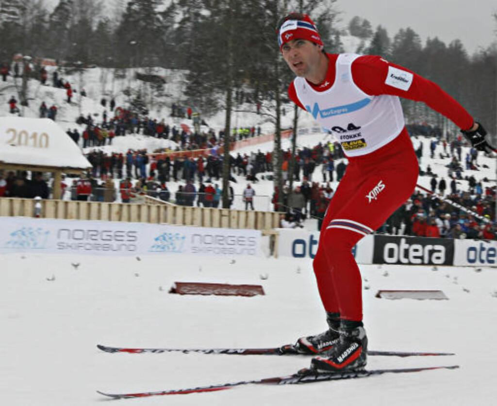 AKTIV:  NM på ski. 15 km. menn. Thomas Alsgaard kom på 14. plass. Foto: ARNT E. FOLVIK
