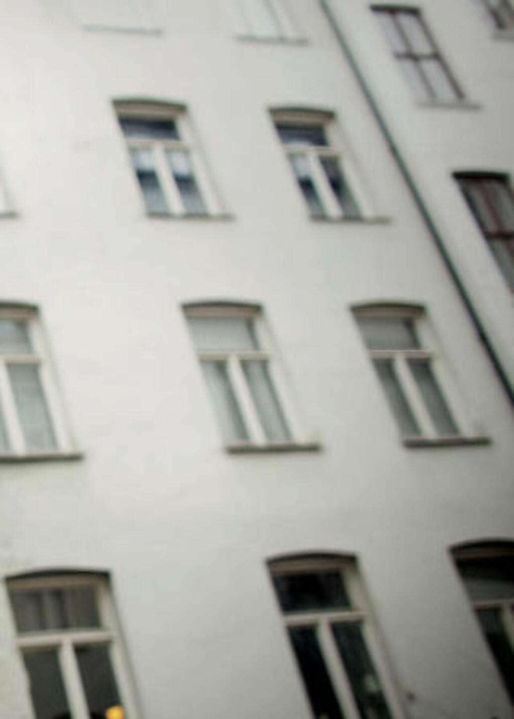 TAR SAKEN TIL FORLIKSRÅDET: Gårdbestyreren regner med å gå til forliksrådet med saken for å få tilbake 60 000 kroner av tv-kjendisen og samboeren som har leid hos ham på Frogner i Oslo. Foto: Bjørn Langsem/Dagbladet