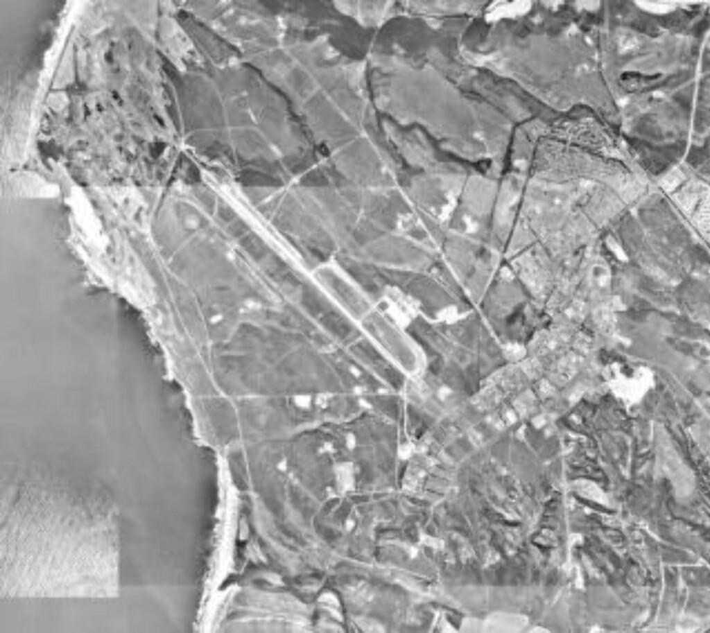 UKJENT VARIGHET: Hvor lenge oppdraget varer er ikke offentliggjort, men flyet kan holde seg i bane rundt jorda i ni måneder. Deretter skal det lande på Vandenberg Air Force Base utenfor Los Angeles. Basen skulle egentlig være vestkystens landingssted for romferja, men ble aldri brukt til formålet. Foto: USGS/Wikimedia Commons