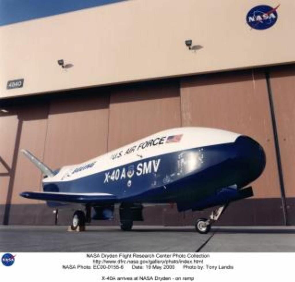 ROMFLY: NASA forsket også i sin tid på det liknende og litt mindre romflyet X-40. Foto: NASA