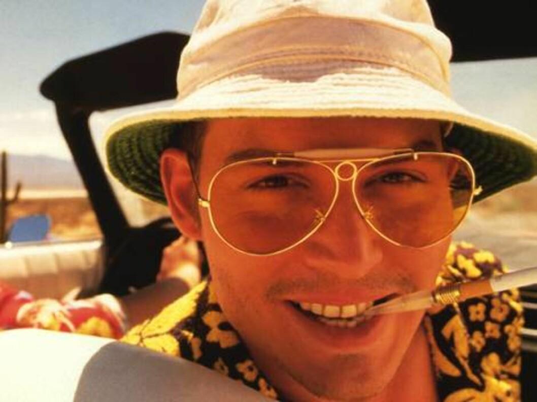 <strong>FRYKT OG AVSKY I LAS VEGAS (1998):</strong> I rollen som Raol Duke i denne psykedeliske, men fantastiske filmen, skjønte vi at Johnny var en smule spesiell. Foto: Gilliam