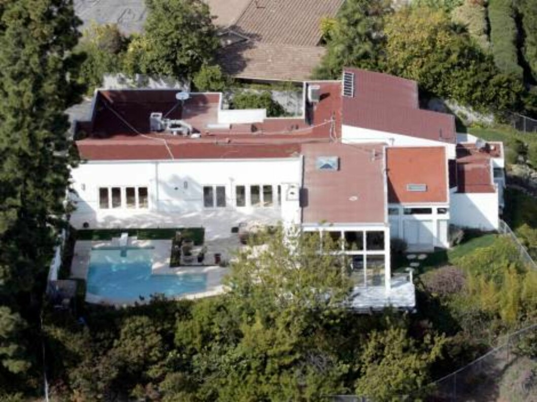 Nick Lachey moved to this Mulholland modern house who used to belong to Heidi Klum and Seal. March 17, 2006 / ALL OVER PRESS Foto: All Over Press