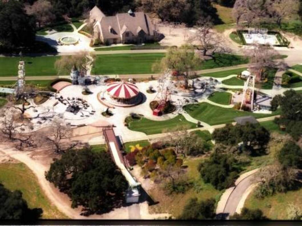 <strong>GIGANTISK:</strong> Michael Jacksons hjem er mildt sagt luksuriøst... Foto: All Over Press