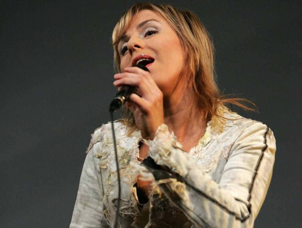 <strong>I TYSKLAND:</strong> Silje Nergaard synger. Foto: Se og Hør