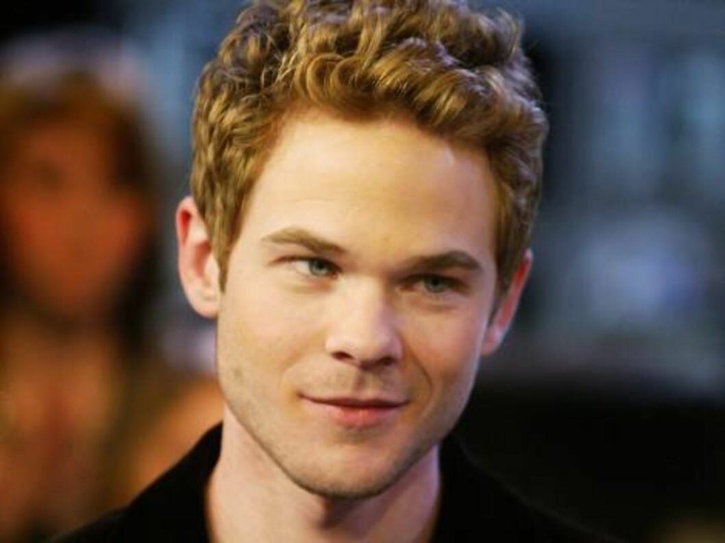 <strong>TORONTO - MAY 9:</strong>  Actor Shawn Ashmore appears on Canadian television channel MuchMusic May 9, 2006 in Toronto, Ontario, Canada.  (Photo by Donald Weber/Getty Images) *** Local Caption *** Shawn Ashmore  * SPECIAL INSTRUCTIONS:  * *OBJECT NAME: 57556683DW0 Foto: All Over Press