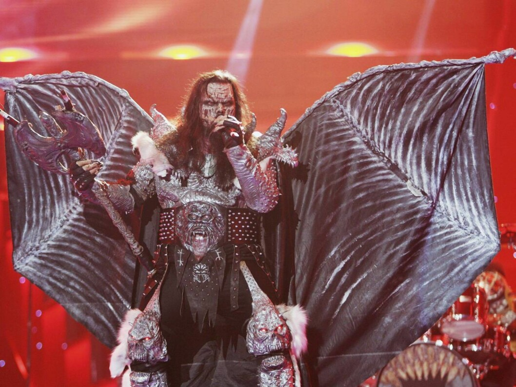 ROCKESJOKK: Lordi spiller sin Hard Rock Halleluja på Rådhusplassen. Foto: All Over Press