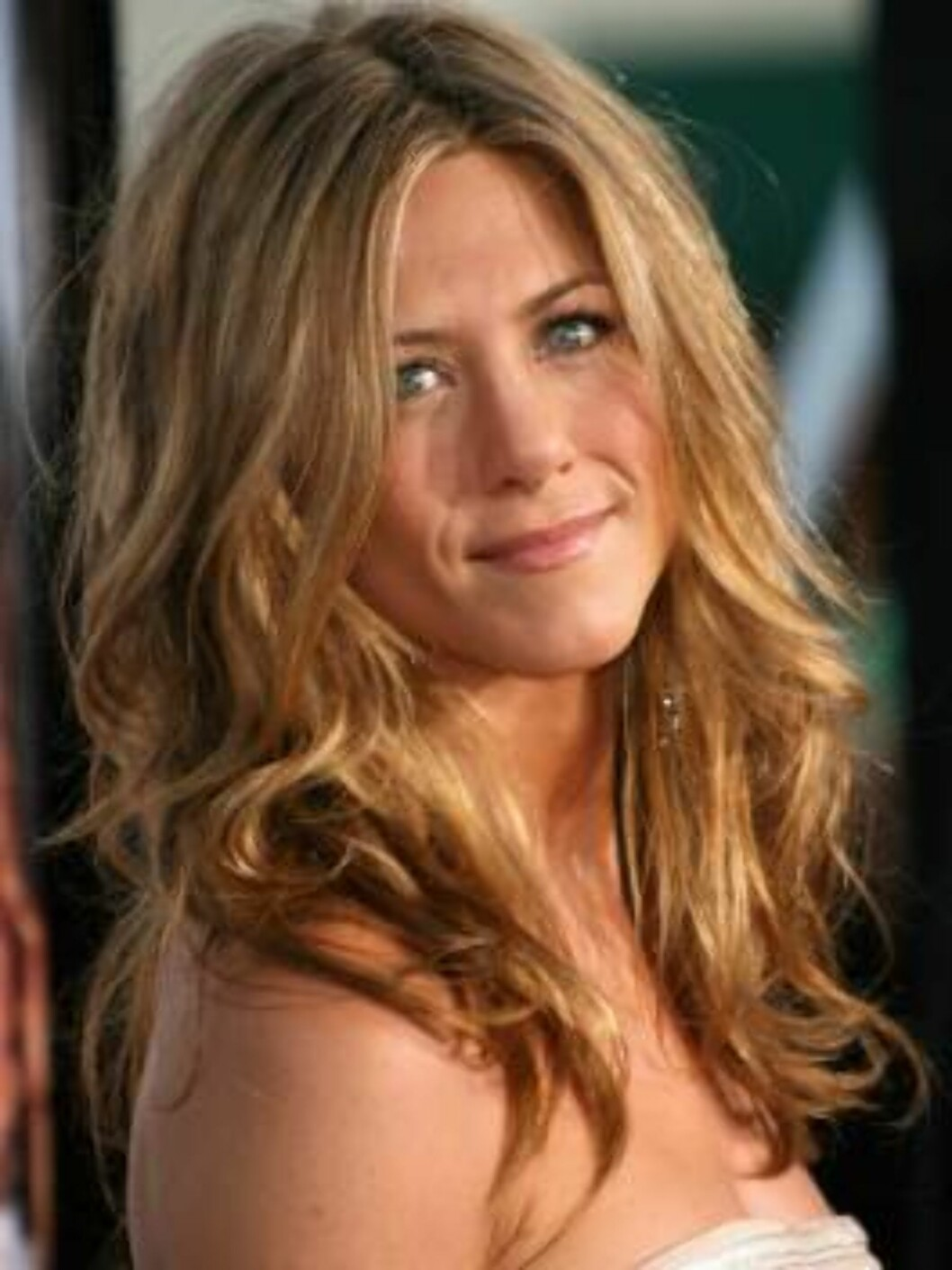 "LOS ANGELES, CA - MAY 22:  Actress Jennifer Aniston arrives to Universal Pictures world premiere of the film ""The Break-Up"" at the Mann Village Theatre May 22, 2006 in Westwood, California.  (Photo by Frederick M. Brown/Getty Images) *** Local Caption *** Foto: All Over Press"