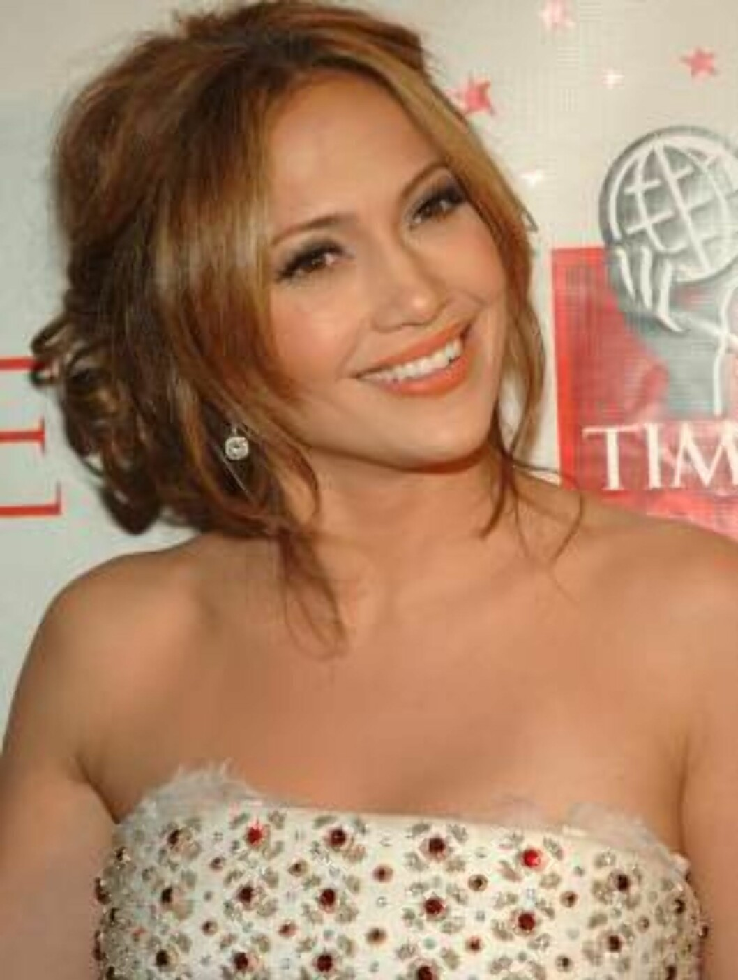 NEW YORK - MAY 08: Actress Jennifer Lopez attends the celebration for Time Magazine's 100 Most Infuential People issue at Jazz at Lincoln Center May 8, 2006 in New York City. (Photo by Brad Barket/Getty Images)  * SPECIAL INSTRUCTIONS:  * *OBJECT NAME: 57 Foto: All Over Press