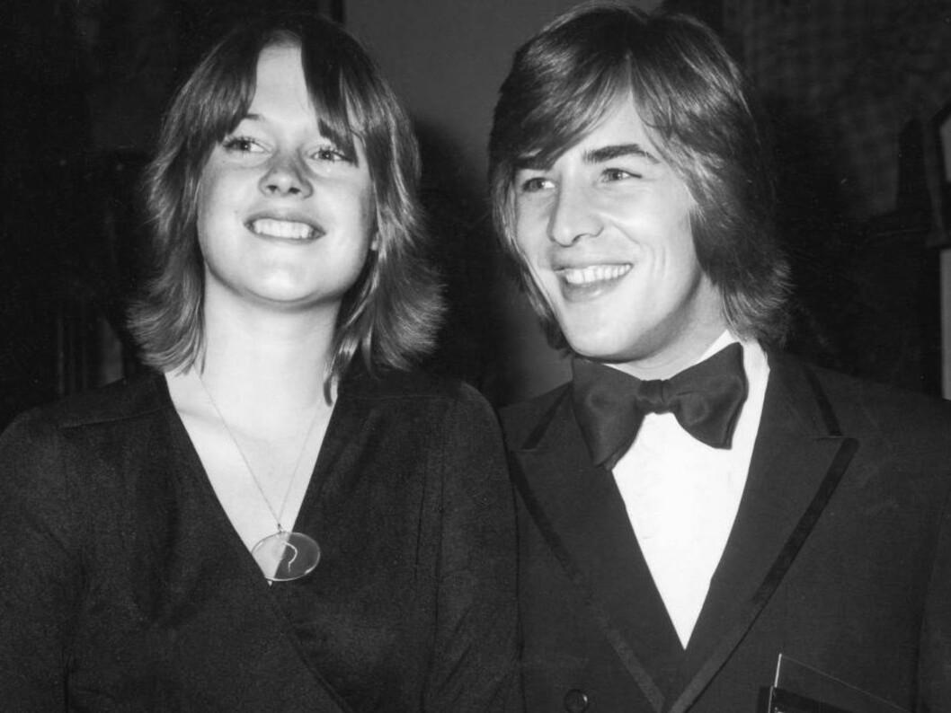 ANNO 1976: Skuespillerekteparet Melanie Griffith og Don Johnson på prisutdeling i Los Angeles. Se hvor lik unge Don er sin datter Dakota! Foto: All Over Press