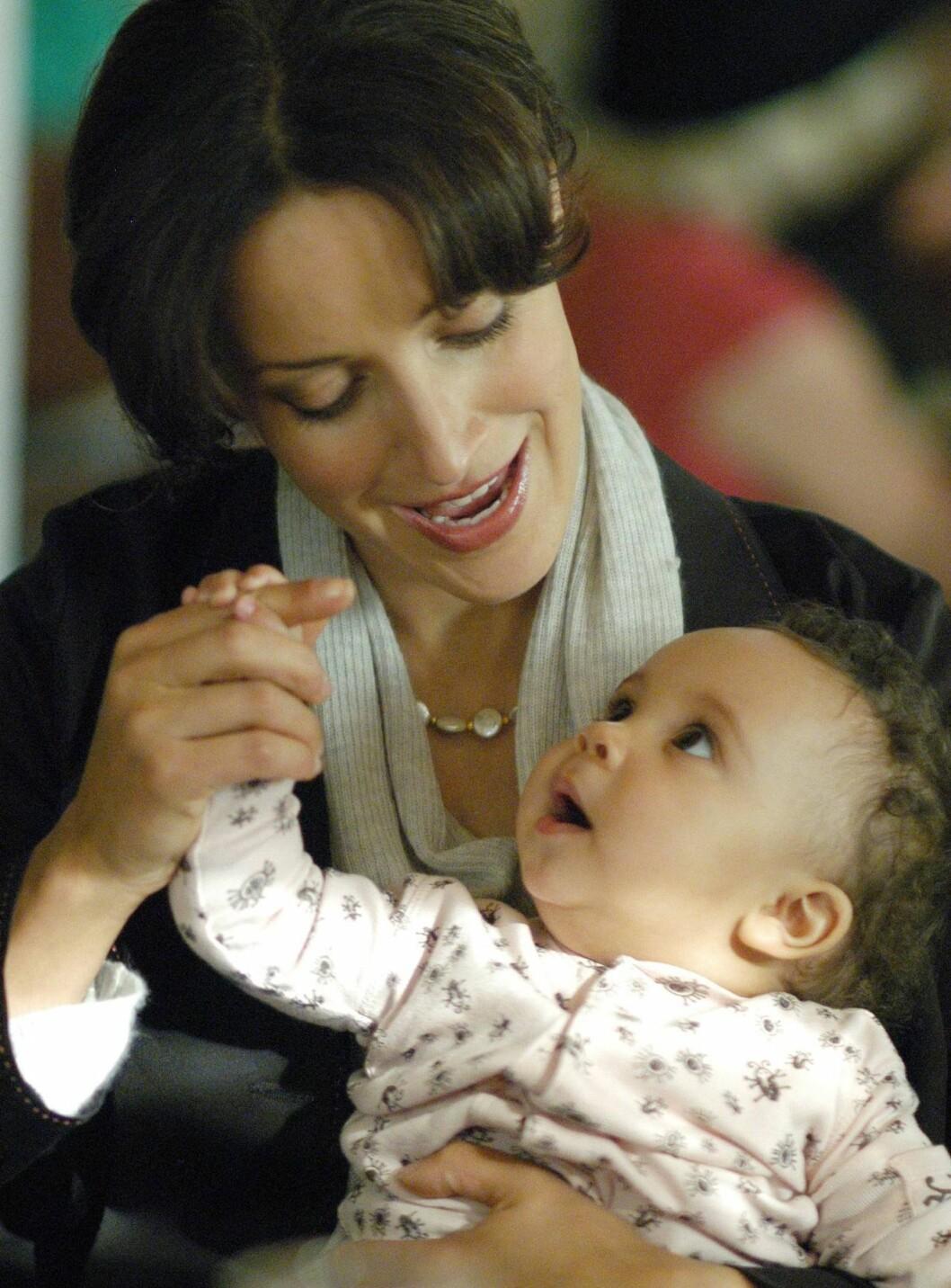 LESBISK: Jennifer Beals i serien The L Word. Foto: TV3