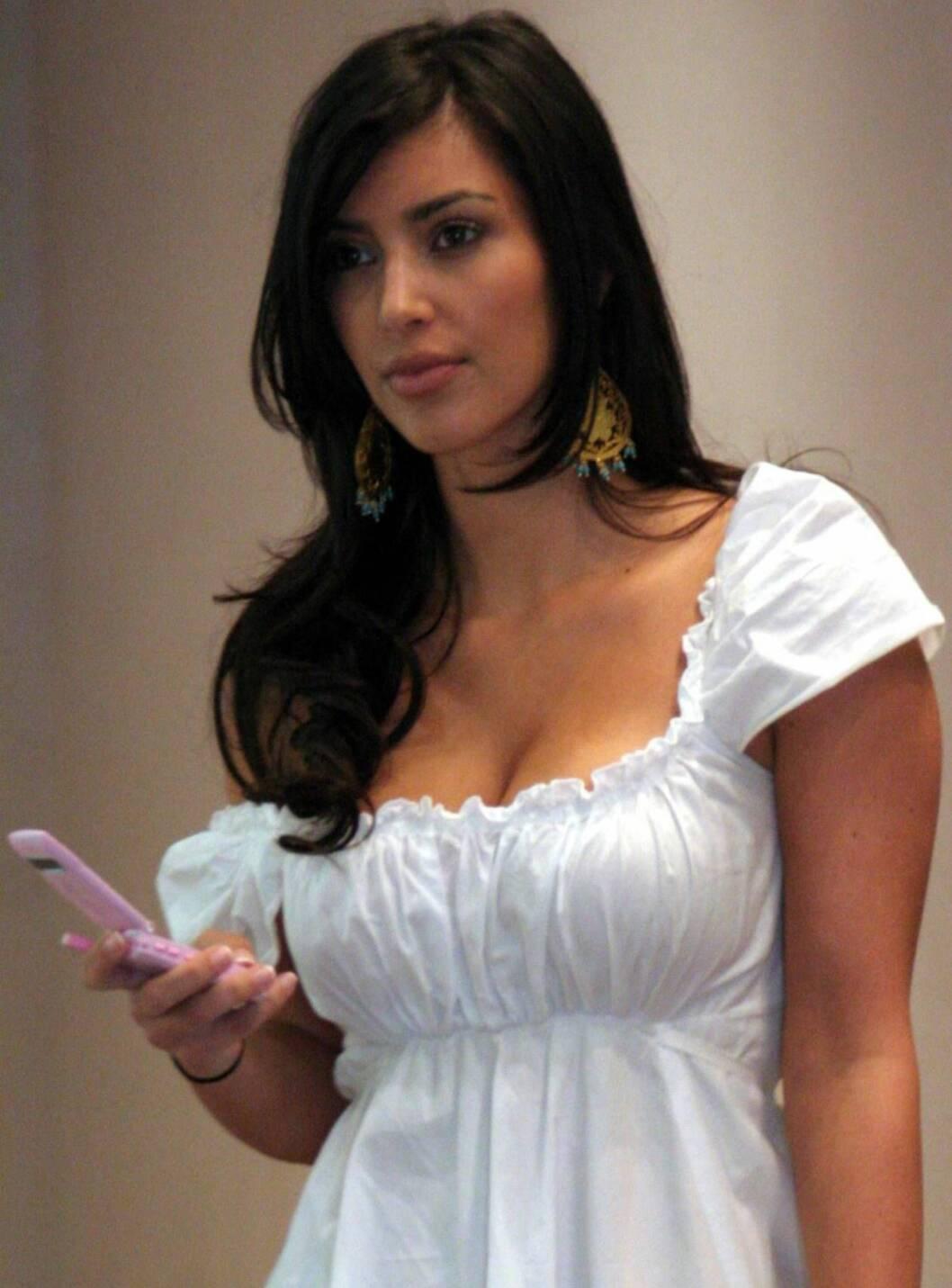 STILFULL: Vakre Kim er et kjent navn i Hollywood og venninne med Paris Hilton... Foto: All Over Press