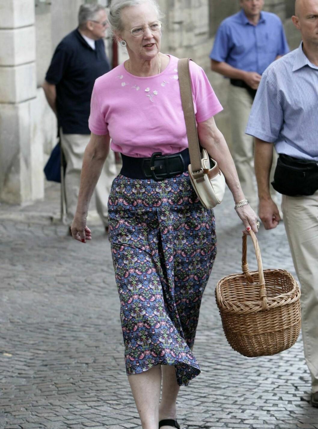 PÅ EGNE BEN:Om ikke lenge vil Margrethe være frisk og rask igjen, med en kneprotese. Foto: All Over Press