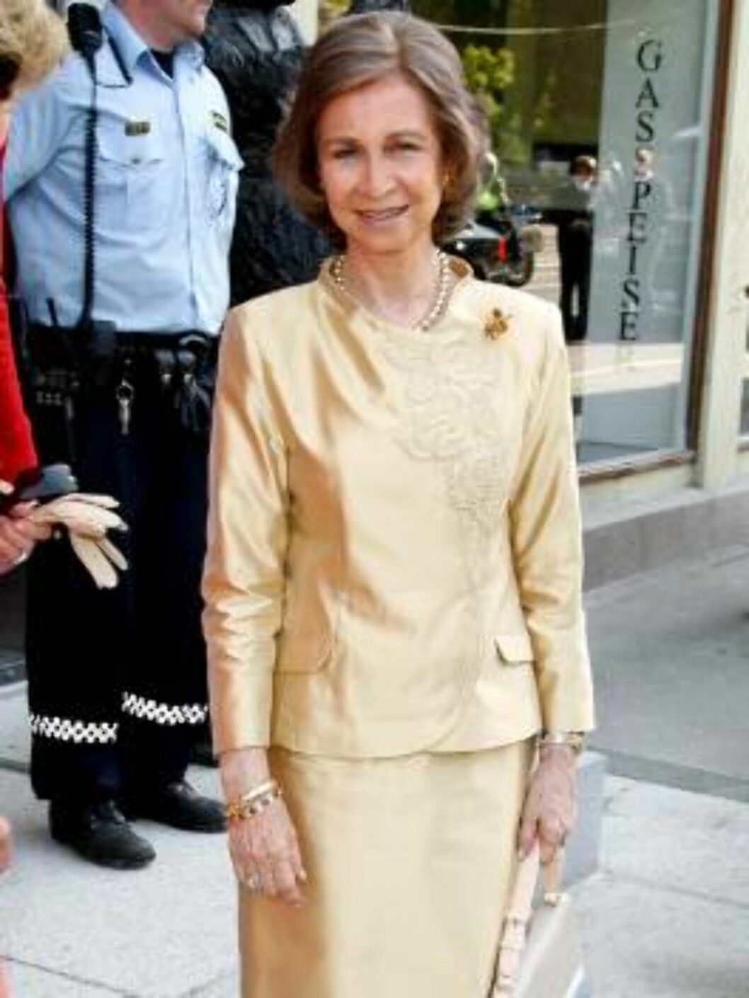 Queen Sonja of Norway & Queen Sofia of Spain visit the Ibsen Museum as part  of the King and Queen of Spain's 3 day State Visit to Norway.   6/6/06 Picture:UK Press (7975-JW) Foto: All Over Press