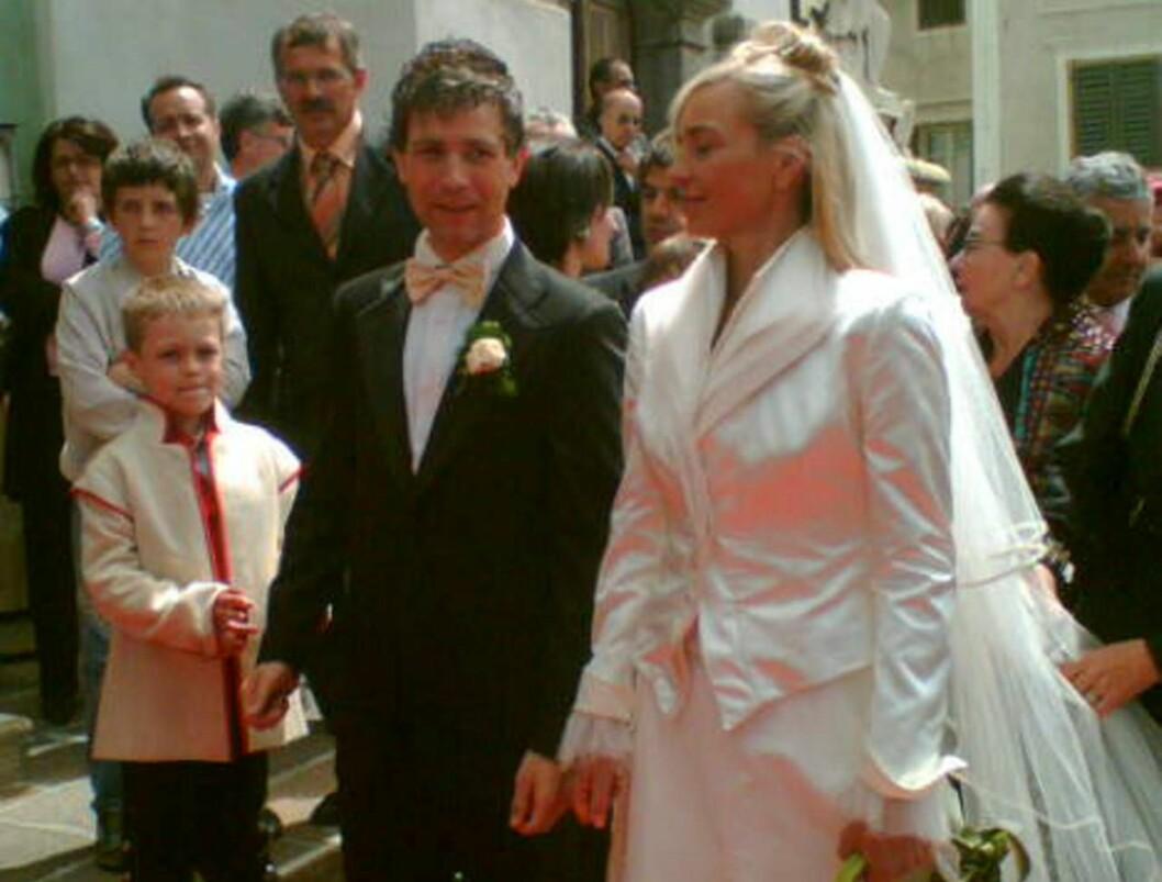 EKTEFOLK: Nathalie Santer og Ole Einar Bjørndalen giftet seg i hennes hjemby i dag! Foto: Marcus Husby