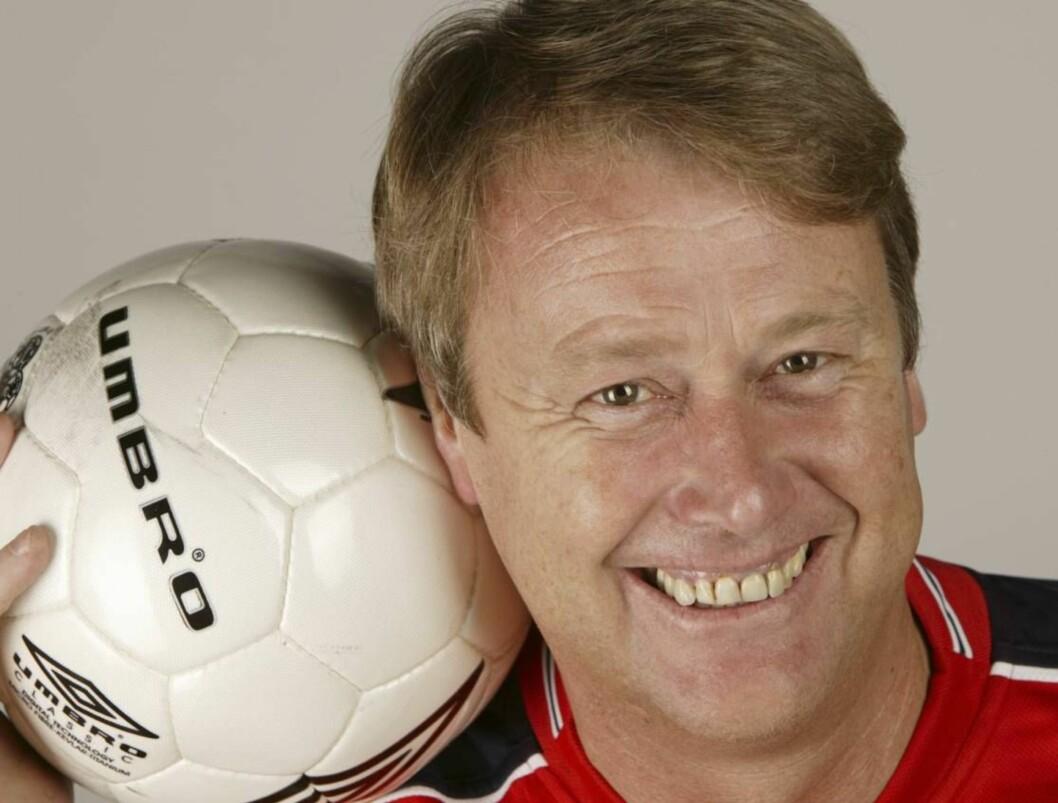 BALLSJEFEN: Åge Hareide vil gjerne ta en VM-skalp. Foto: Se og Hør