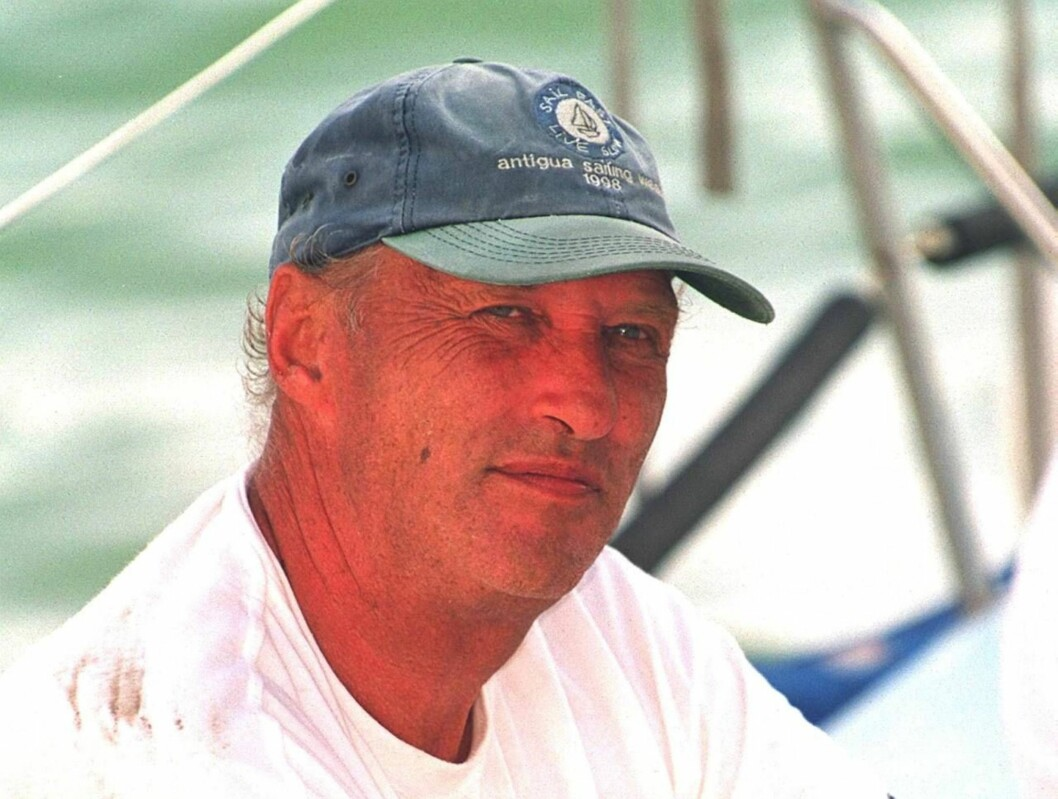 """THE ANNUAL COPA DEL REY REGATTA IN PALMA, MAJORCA. KING HARALD OF NORWAY ABOARD """"FRAM XIV"""" 1/8/00  PICTURE: MARK CUTHBERT/UK PRESS /ALL OVER PRESS Foto: All Over Press Norway"""