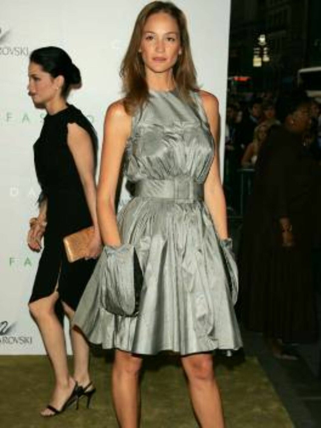 NEW YORK - JUNE 5:  Model Ines Rivero attends the 2006 CFDA Awards at the New York Public Library on June 5, 2006 in New York City.  (Photo by Peter Kramer/Getty Images) *** Local Caption *** Name  * SPECIAL INSTRUCTIONS:  * *OBJECT NAME: 71124720KV313_20 Foto: All Over Press