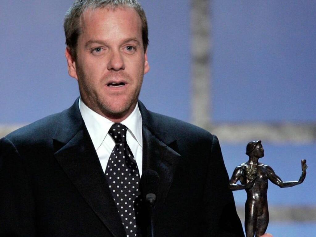 GLADGUTT: Kiefer Sutherland tok den gjeveste prisen. Gladgutten fra 24 pleier alltid å vinne nachspielet - men i år beholdt han klærne på... Foto: All Over Press