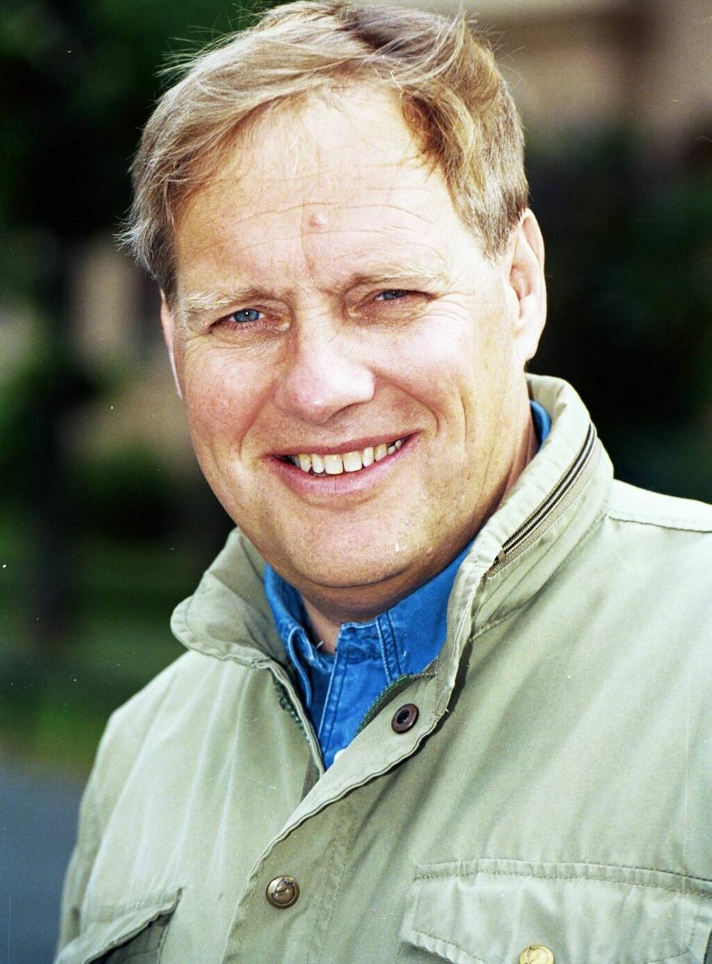 HEDERSMANN: Terje Dalby ble stedt til hvile nærmest på dagen 30 år etter at han ble ansatt i NRK. Foto: Se og Hør
