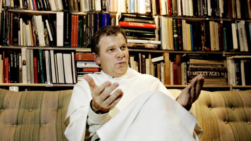 BÅDE LIBERAL OG KONSERVATIV TEOLOGISK: Pater Kjell Arild Pollestad bodde tidligere i dominikanerklosteret i Neuberggata på Majorstua, hvor flere toneangivende homoliberale katolikker skal ha delt husvære siden 1970-tallet. I dag oppholder han seg i Paris, hvorfra han har varslet at han slutter som prest etter 30 års virke.   Foto: OLE C. H. THOMASSEN