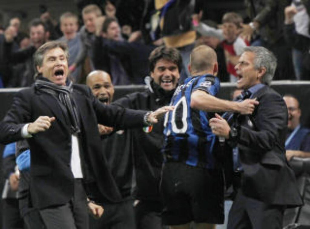 SLAKTET BARCA OG BALOTELLI: José Mourinho (t.h.) var forbannet både på oppførselen til Barcelona-spillerne og Mario Balotelli etter Inters 3-1 seier.Foto: SCANPIX/AP Photo/Luca Bruno