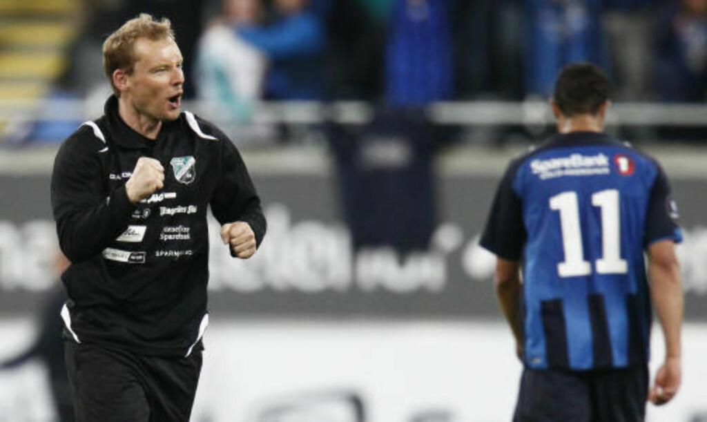 FOR EN DEBUT: Tom Gulbrandsen ledet Hønefoss, etter at Ole Bjørn Sundgot fikk sparken på søndag. Foto: Heiko Junge / Scanpix