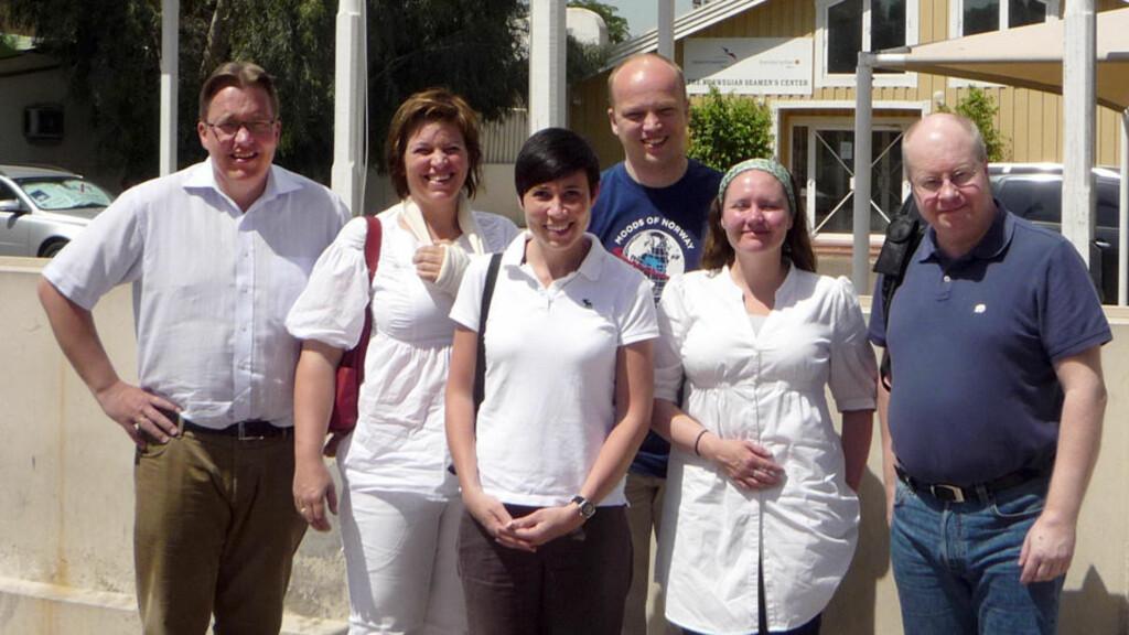 EKSKURSJON: Delegasjonen besøkte i dag den norske sjømannskirka i Dubai. Foto: Privat.