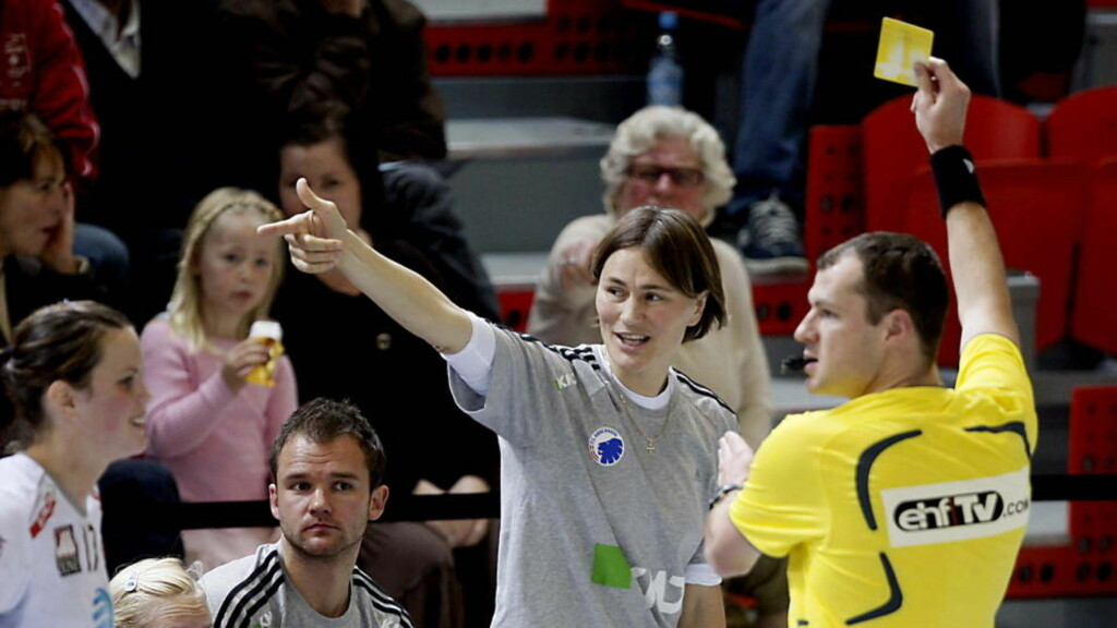 TIL KORT MOT LARVIK: Anja Andersens FCK ble slått ut av gruppespillet i Champions League i fjor høst, etter å ha møtt blant annet Larvik. Foto: BJØRN LANGSEM