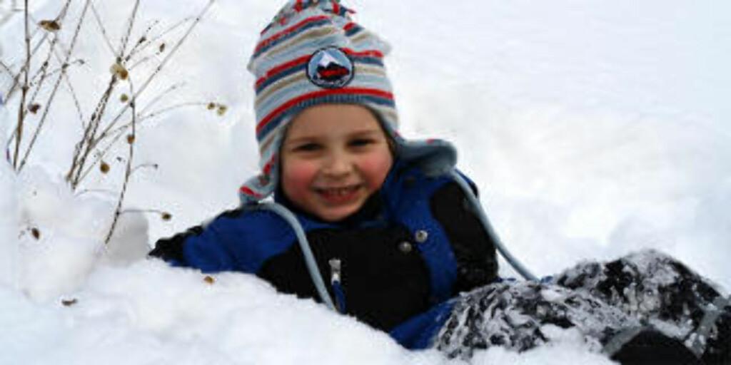 NØYTRALT UTE: Snø fungerer ypperlig for å få en ren, hvit bakgrunn.