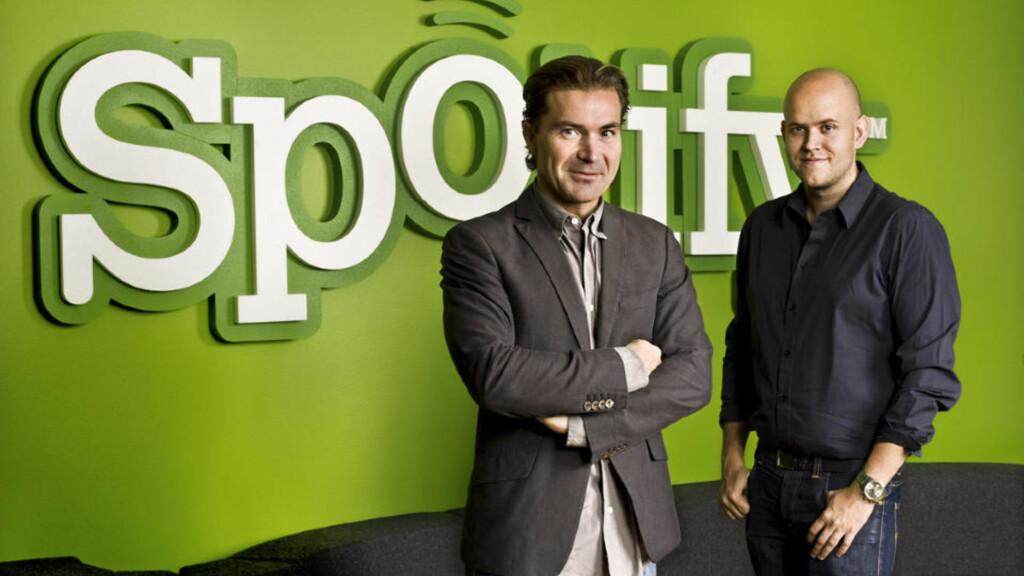 SATSER SOSIALT: Spotify-grunnleggerne Daniel Ek og Martin Lorentzon har bygget sosial delingsfunksjonalitet inn i nettets mest populære musikktjeneste. Foto: Spotify