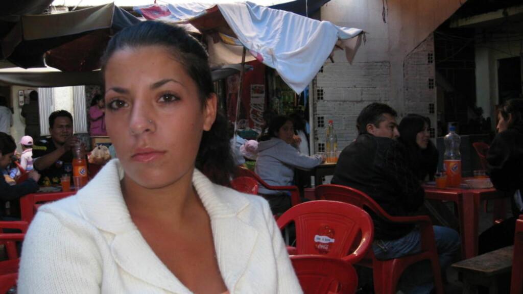 SULTESTREIK:  Madelaine Rodriguez (23) er ikke fornøyd med forholdene i kvinnefengselet i Cochabamba i Bolivia. Foto:  Gunnar Hultgreen/Dagbladet