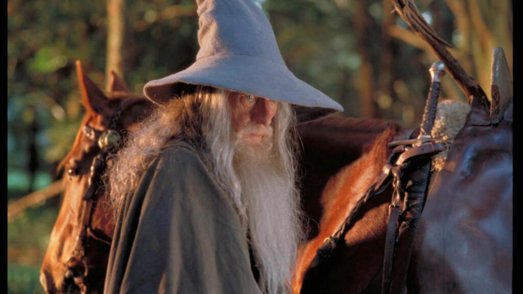 REPRISE:  Skuespiller Ian McKellen skal gjenta «Ringenes Herre»-rollen som Gandalf i de to «Hobbiten»-filmene. Foto: SF Norge