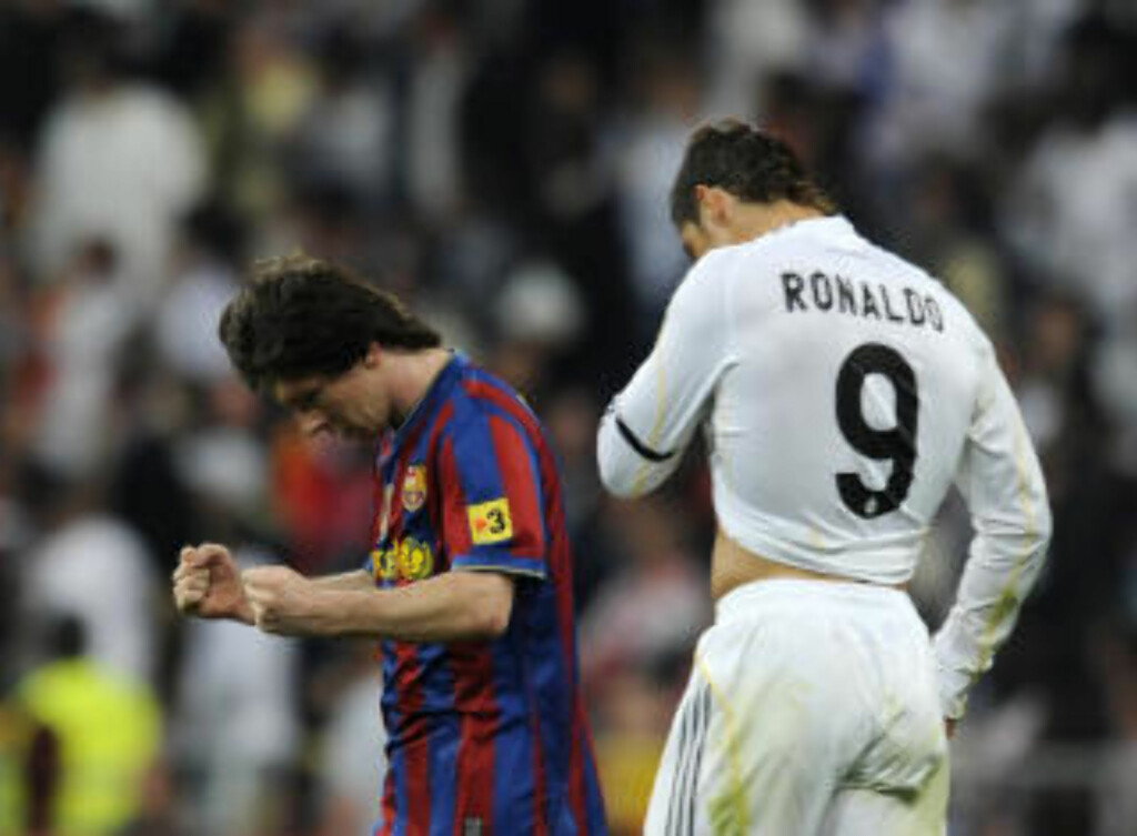 GULLDUELL: Barcelona og Real Madrid.  AFP PHOTO/Dani POZO .