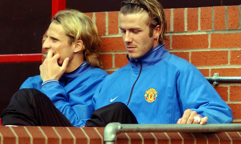 BENKET: Diego Forlan og David Beckham var blant stjernene Ferguson plasserte på benken. Foto: NTB Scanpix