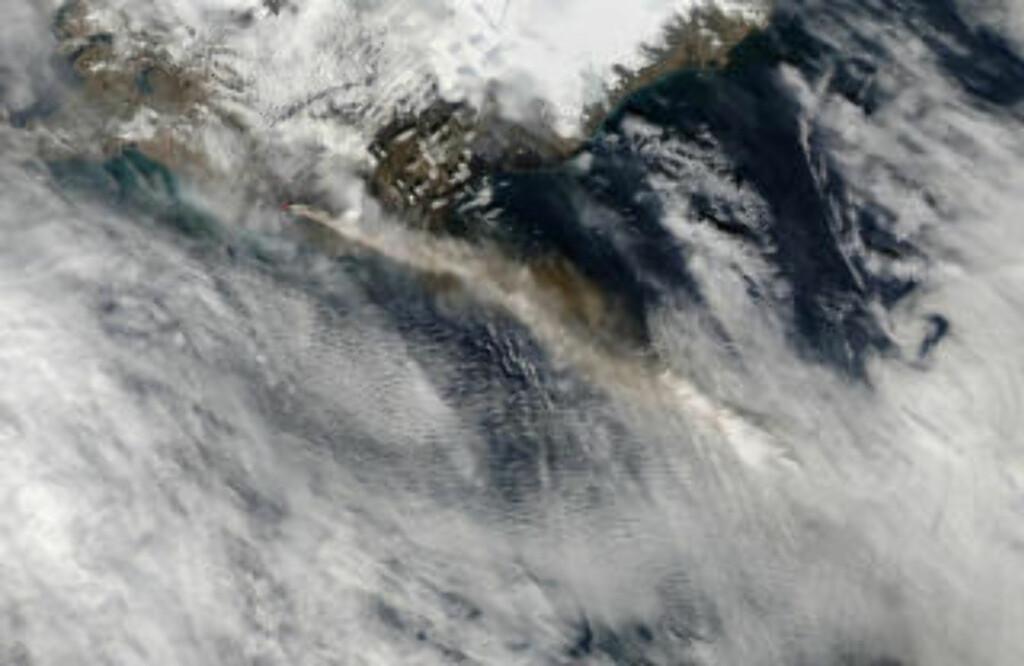 FØLGER VINDENE: NASAs Aqua-satellitt tok dette bildet 4. mai. Foto: REUTERS/NASA/Goddard/MODIS Rapid Response Team
