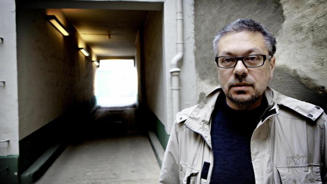 <strong>STOR DIKTER:</strong> Jeg bruker lang tid på hver roman, sier Mikhail Sjisjkin. «Venushår» kom i 2005. Nå er han akkurat ferdig med en ny roman. Foto: Lars Eivind Bones