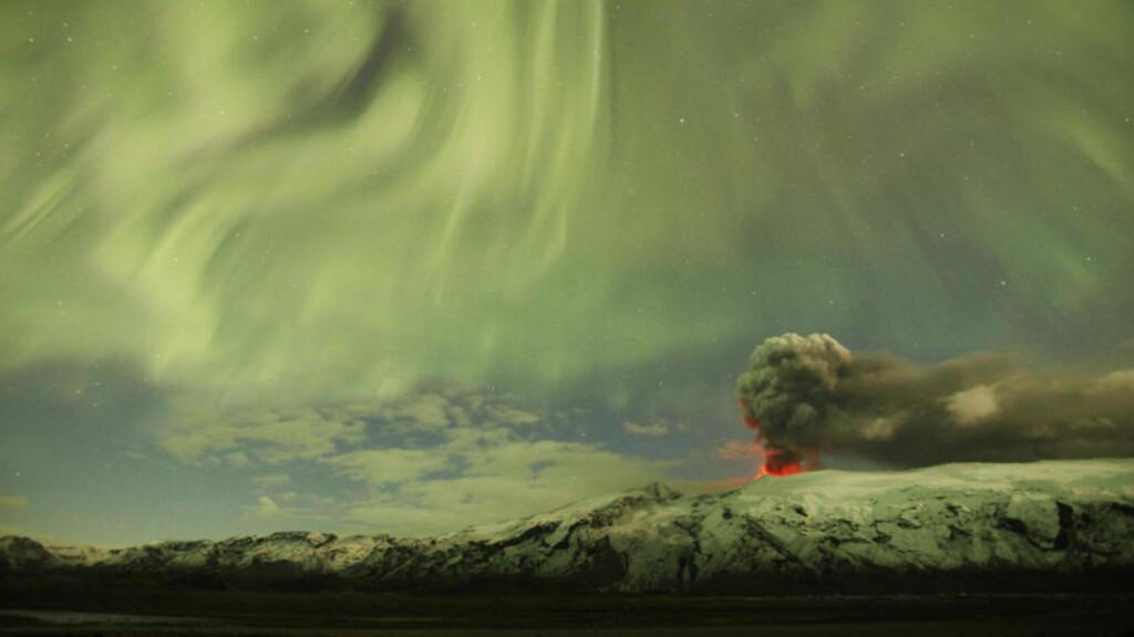 ASKESALG: Kanskje et av de vakrere bildene fra utbruddet på Island. Nå håper et nettselskap å gjøre gull av asken. Foto:  REUTERS/Lucas Jackson/SCANPIX
