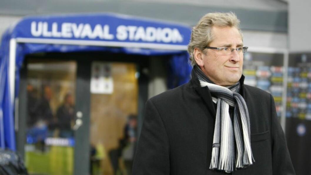 <strong>VENTER PÅ LØSNING:</strong> Erik Hamrén er RBK-trener så lenge klubben og det svenske fotballforbundet ikke blir enige. Foto: Heiko Junge / Scanpix