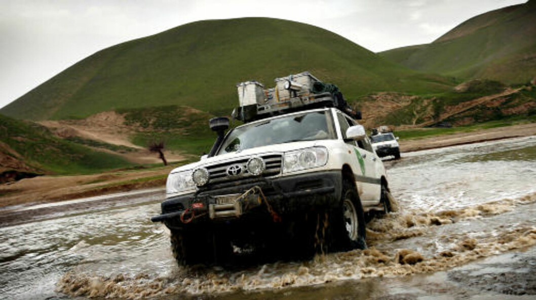 <strong>RYGGSKADE:</strong> Det var i en Toyota Landcruiser som denne at Afghanistan-soldaten pådro seg varig ryggskade. Arkivfoto: Lars Magne Hovtun, FORSVARET / SCANPIX