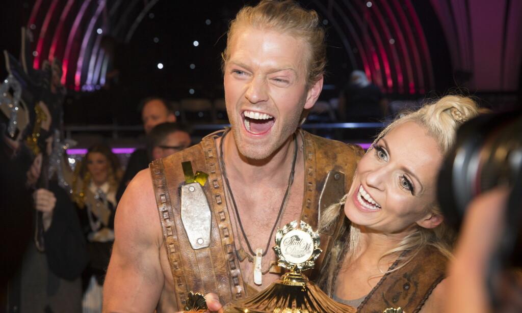 VANT: Lørdag kveld stakk fjorårets «Farmen»-vinner, Eleiv Bjerkerud, av med seieren i «Skal vi danse». Her med dansepartner Nadya Khamitskaya. Foto: NTB Scanpix