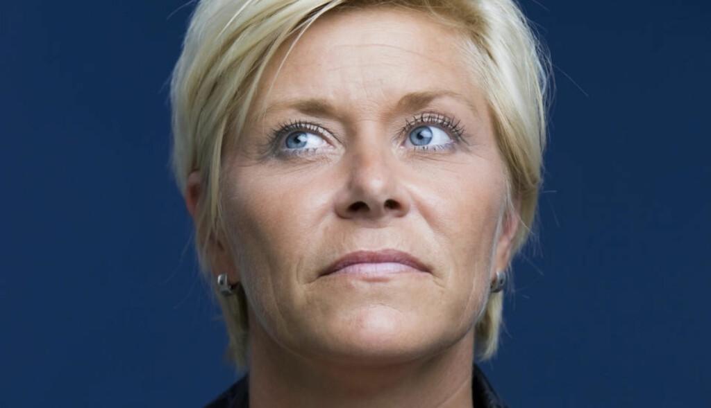 STÅR PÅ SITT: Partileder i Fremskrittspartiet, Siv Jensen. Foto: Berit Roald / Scanpix