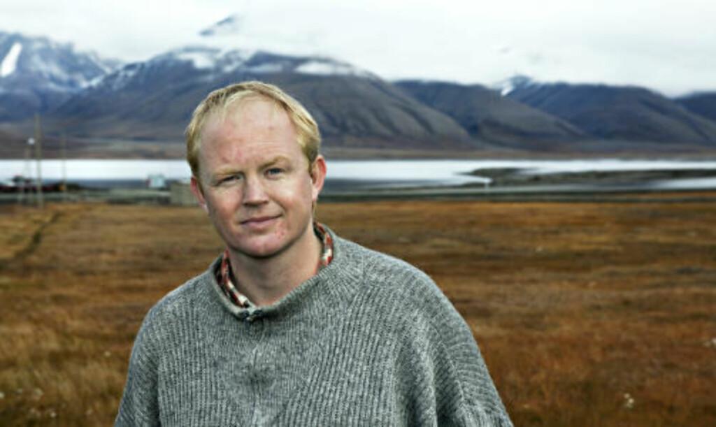 MÅ BLI FLINKERE:  Lars Haltbrekken, leder i Norges Naturvernforbund, mener det ikke bare holder å vinne på bortebane for miljø- og utviklingsminister, Erik Solheim. Foto: Nina Hansen
