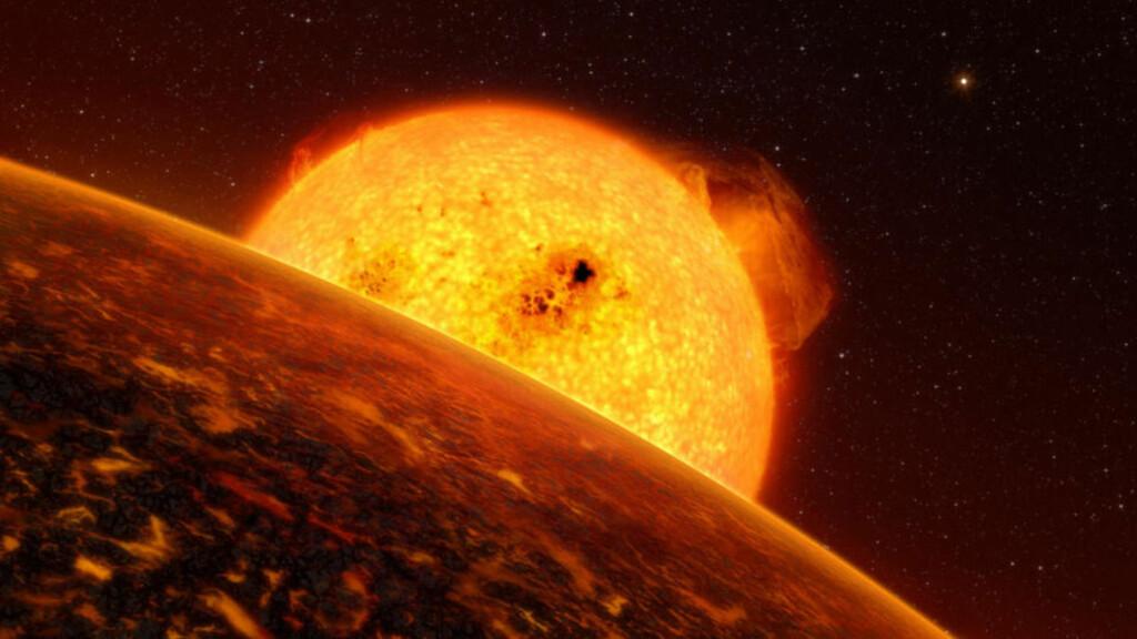 - KOKENDE SJØER: Corot-7b - trolig den første steinplaneten oppdaget utenfor solsystemet vårt - gnisser nærmest inn i hjemmestjerna TYC 4799-1733-1 og bruker bare 20 timer på én runde rundt. Den viser trolig bare en side mot solen sin, og temperaturen på dagsiden når flere tusen grader, sier astronomer. Oppdagelsen bidrar til håp om at vi en dag oppdager planeter som jorda med liv. Foto: Scanpix/AFP PHOTO/ESO