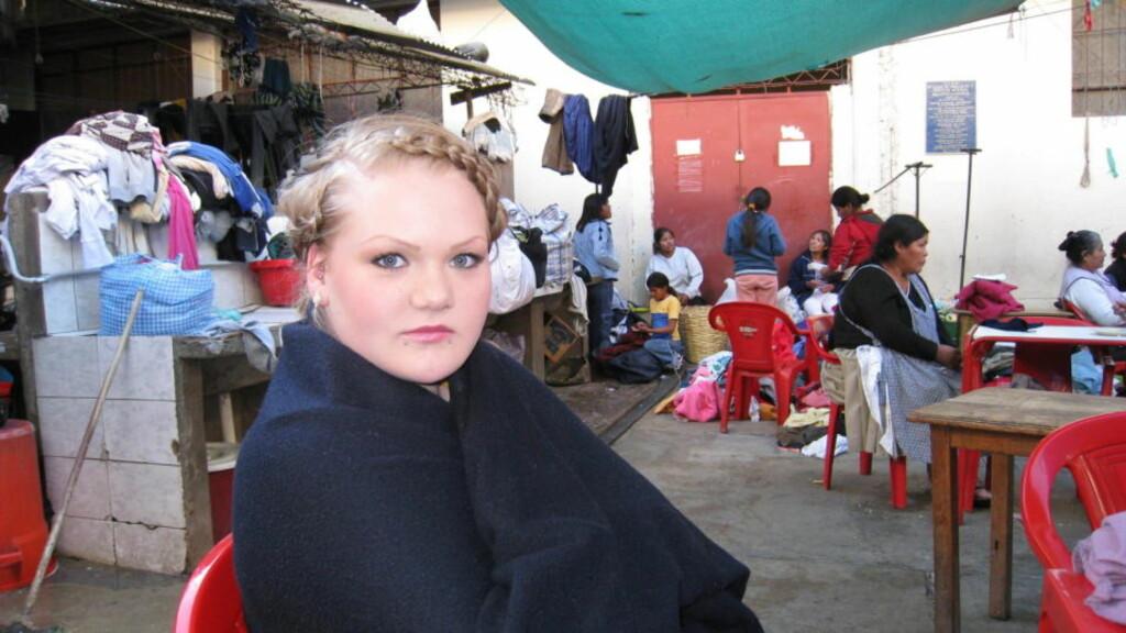 TILTALT: Stina Brendemo Hagen (19) fikk avslag på sin søknad om fri rettshjelp. Som skoleelev hadde hun ingen inntekt da hun ble fengslet. Nå må mora hennes dekke alle kostnader knyttet til saken. Foto: Gunnar Hultgreen