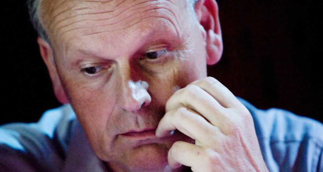 <strong>HOLDER APPELL:</strong> Høyres Michael Tetzschner innleder på stiftelsesmøtet for kampanjeorganisasjonen Stopp Datalagringsdirektivet i kveld. Høyre sitter på vippen når direktivet skal behandles i Stortinget. Foto: SCANPIX