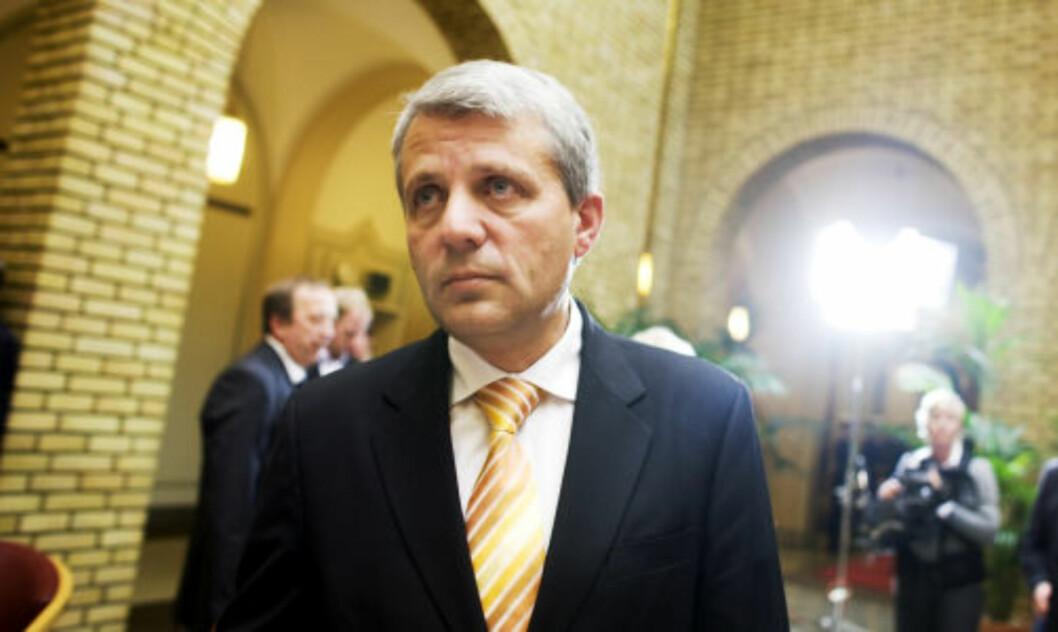 <strong>-AVTALEBRUDD:</strong> Krf-leder Dagfinn Høybråten sier han er skuffet over regjeringen. FOTO: SCANPIX