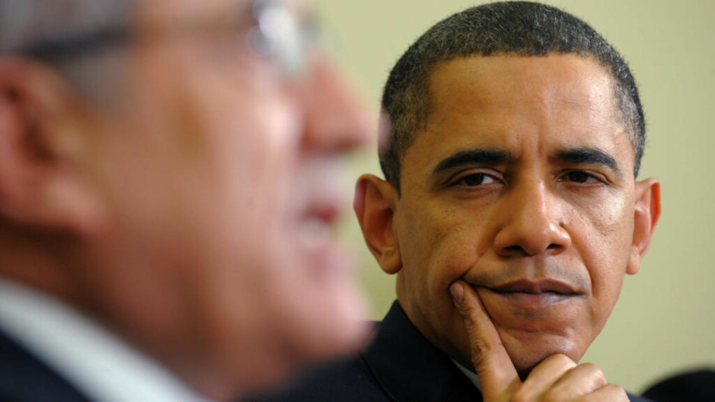 BEKYMRET FOR VÅPENSMUGLING: Libanons president Michel Sleiman og USAs president Barack Obama i møte. Foto: AFP PHOTO/Jewel Samad/Scanpix
