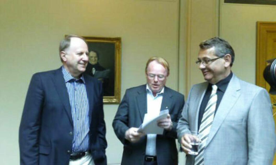 PÅ KRIGSSTIEN: F.v. KrFs Ola T. Lånke, Frp's Per Sandberg og Høyres Per-Kristian Foss er knusende i sin dom over næringsminister Brustad. MMS-foto: HARALD S. KLUNGTVEIT