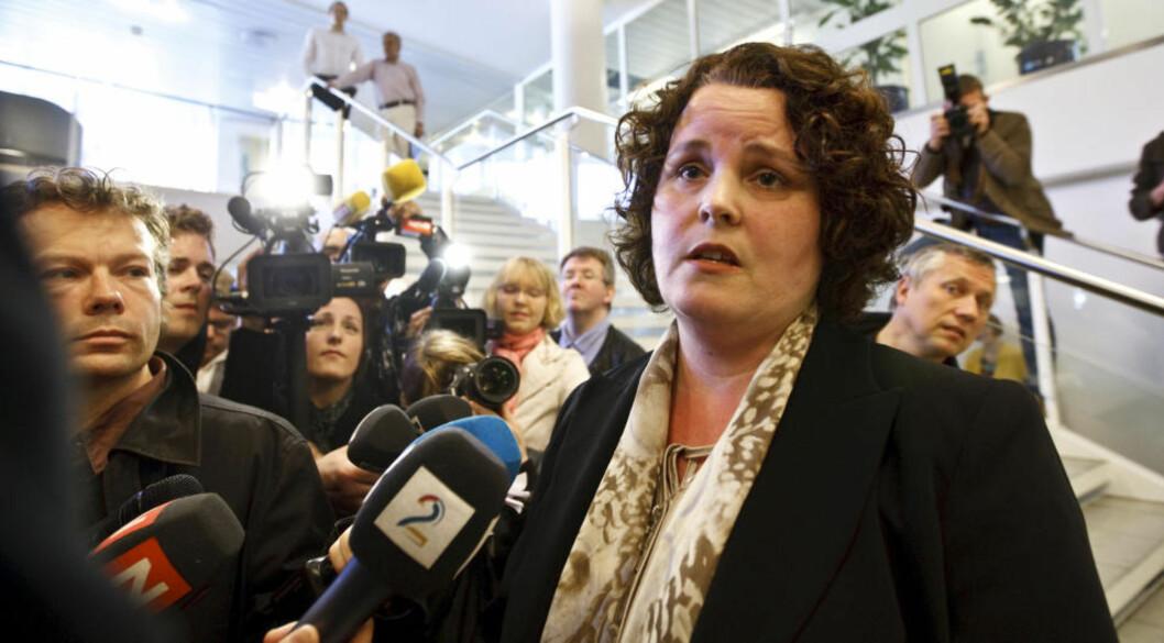 BLIR BEDT OM Å GÅ: Næringsminister Sylvia Brustad har håndtert Aker-saken særdeles dårlig og bør gå, mener opposisjonen. Foto: CORNELIUS POPPE/SCANPIX