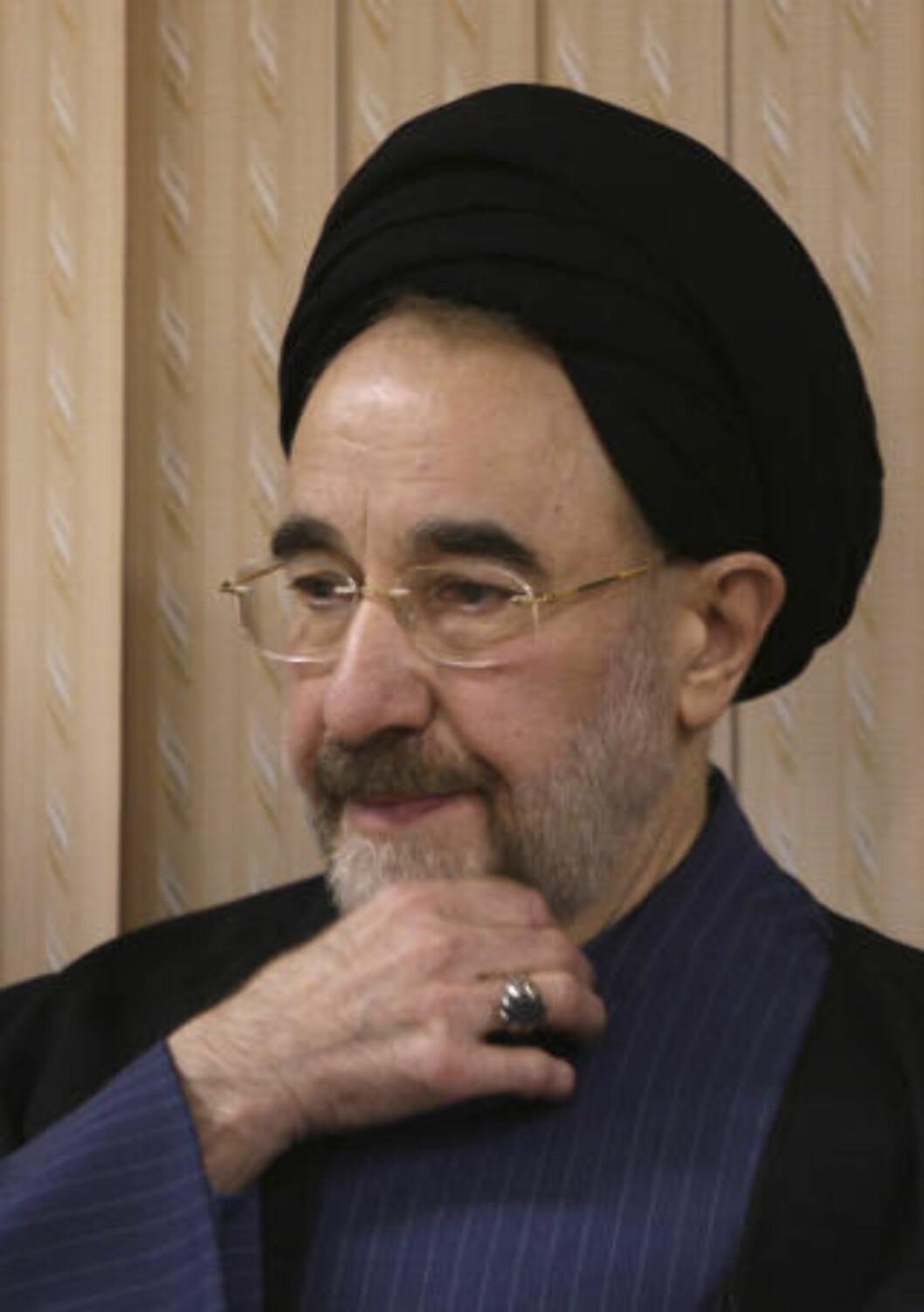 <strong>REFORMVENNLIG TIDLIGERE PRESIDENT:</strong> Mohammed Khatami beskylder regimet for å starte en revolusjon mot folket og demokratiet. Foto: AP Photo/Vahid Salemi